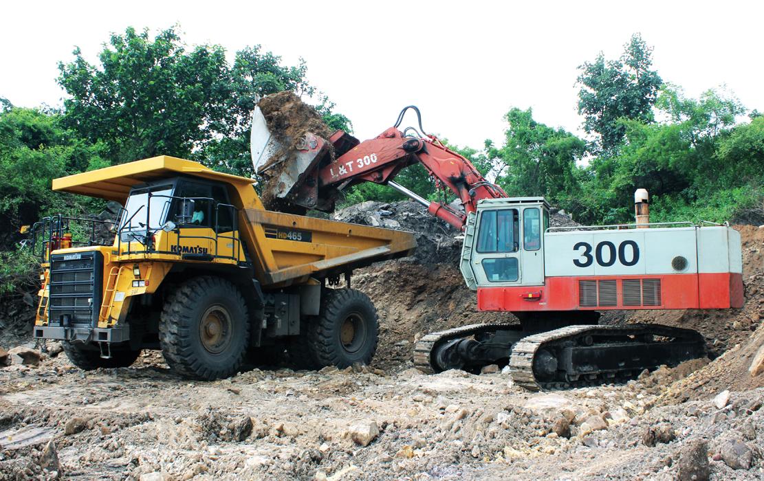 L&T 300 Hydraulic Excavator-Loader Bottom Dump